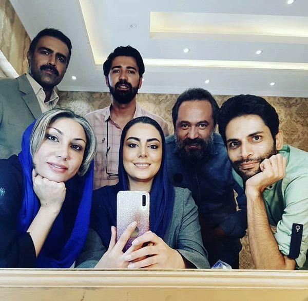 سلفی نیلوفر شهیدی و همکارانش /عکس