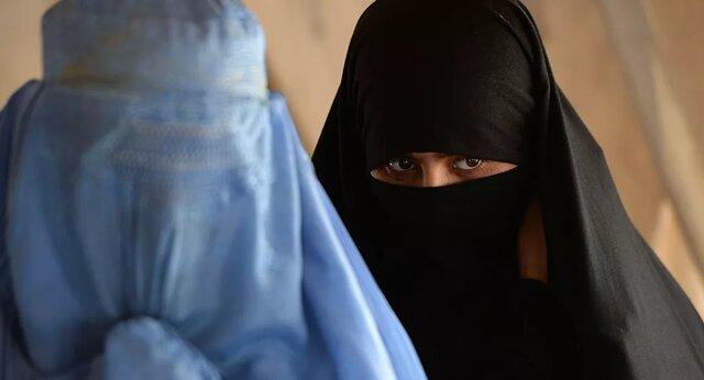 فرار نیروهای ویژه انگلیسی از دست طالبان با لباس زنانه