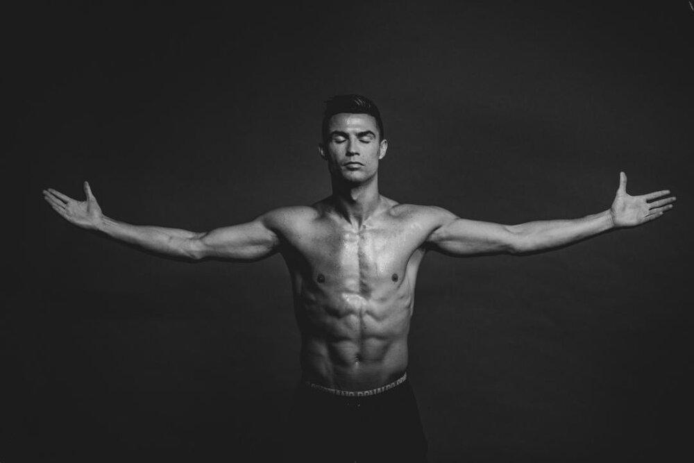 رژیم غذایی، برنامه خواب و تمرینات شکم کریستیانو رونالدو