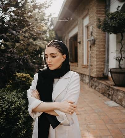 حال و هوای پاییزی بهنوش طباطبایی /عکس