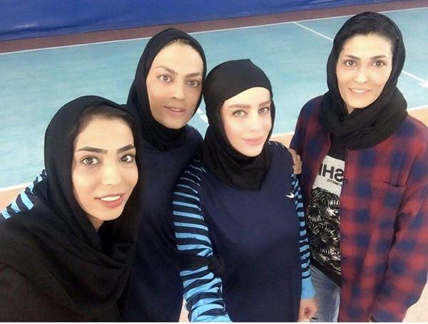 شراره رخام در کنار خواهران منصوریان /عکس