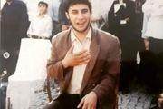 تصویری جالب از جواد عزتی در حین اجرای نمایش خیابانی