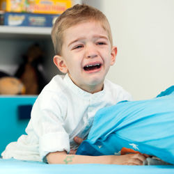 شب ادراری در کودکان را جدی بگیرید