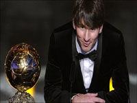 مسی برای سومین بار برنده توپ طلا شد