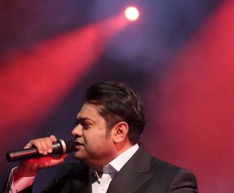 بازگشت خواننده مشهور به عرصه موسیقی پس ازگذروندن دوره سخت بیماری