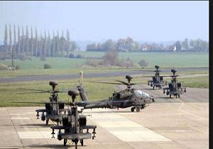 بالگردهای آپاچی انگلیس در استونی برای مقابله با تهدیدهای روسیه مستقر شدند