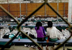 تعداد کودکان مهاجرِ بازداشتی در آمریکا رکورد زد!
