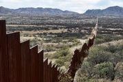 درخواست رهبران دموکرات کنگره از ترامپ برای دستکشیدن از ساخت دیوار مرزی