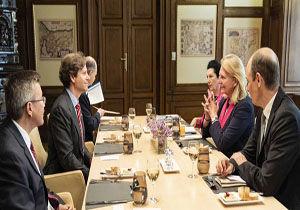 وزیر خارجه اتریش با سفیر آمریکا درباره ایران گفتگو کرد