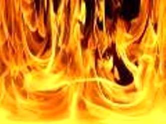 نجات ۳۰ شهروند تهرانی از دام آتش