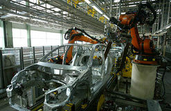 رابطه تحریم آمریکا با صنعت خودروی ایران