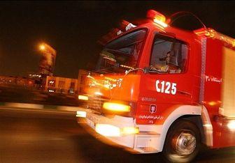 خودرو سواری در حال حمل آتش گرفت/ عکس