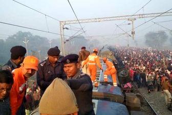خروج قطار از ریل در هند ۷ کشته و ۲۹ زخمی برجای گذاشت