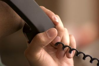 ارتباط تلفنی مشترکان در ۱۳ مرکز مخابراتی دچار اختلال میشود