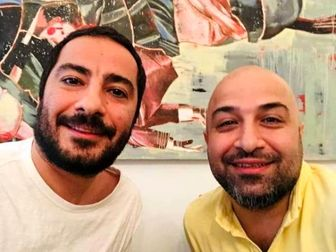 نوید محمدزاده با برادرش در قورباغه+ عکس