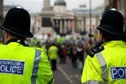برخورد خشن پلیس انگلیس با معترضان به محدودیتهای کرونایی+ فیلم