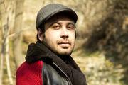 محسن چاوشی در آغوش مجری برنامه «همرفیق» /عکس