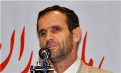 رئیس دانشگاه تهران نباید استعفا دهد