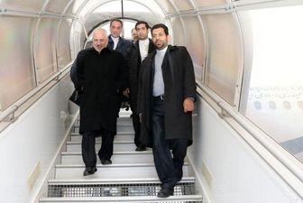 پس از شرکت در نشست باکو ظریف وارد تهران شد