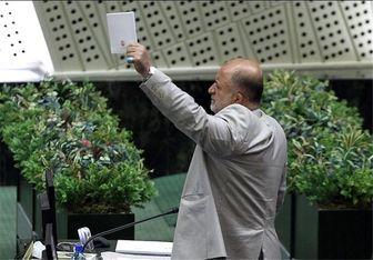 قاضیپور از پاسخهای وزیر فرهنگ و ارشاد قانع شد