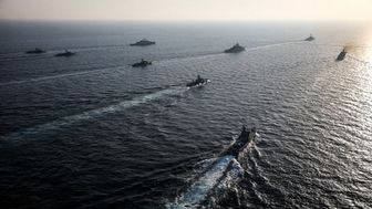 مردان سفیدپوش ارتش چگونه دریاها را ایمن کرده اند؟