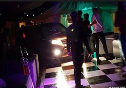 حمله مردی با خودرو به یک باشگاه شبانه در «انگلیس»