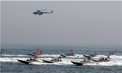 ادعای سی ان ان / یک کشتی آمریکایی به محاصره سپاه درآمده است