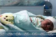 تولد دوقلوها توسط تکنسین اورژانس + عکس