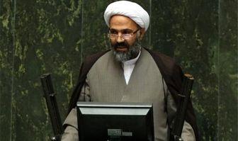 پژمانفر: آقای روحانی! شما فقط ژست مخالفت با آمریکا گرفتهاید