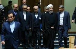 هر کس در تیم اقتصادی دولت یک ساز جداگانه میزند!