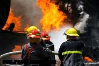 وقوع آتش سوزی در مسجد روستای طره بخاخ شهرستان آبادان