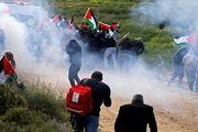 شلیک بمب اشکآور بر سر فلسطینیان با استفاده از پهپاد+ عکس