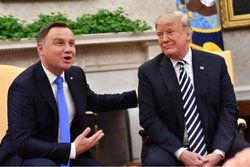 دلیل باج دادن آمریکا به لهستان چیست؟