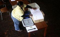 قانون اساسی جدید زیمبابوه به رفراندوم گذاشته شد
