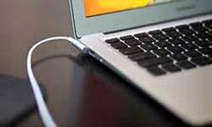 چگونه پول برق لپ تاپ خود را محاسبه کنیم؟