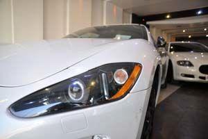کورس خودروهای میلیاردی در پیست فخر فروشی
