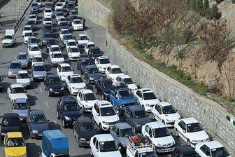 ترافیک فوق سنگین در ورودیهای شرقی تهران