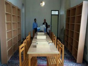 کمک 50 میلیون ریالی به کتابخانه روستای داشخانه