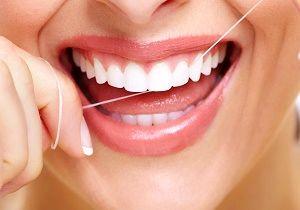 قبل مسواک زدن از نخ دندان استفاده کنیم یا بعد آن؟