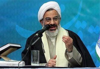 نماینده ولی فقیه در سپاه اعطای نشان ذوالفقار به سردار سلیمانی را تبریک گفت