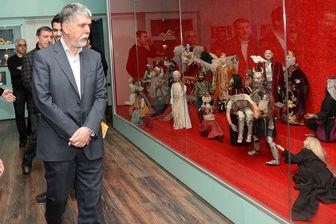 وزیر ارشاد به دیدن «اپرای عروسکی خیام» رفت/عکس