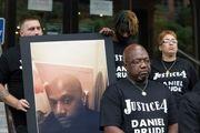 پلیس آمریکا یک سیاهپوست را خفه کرد+ فیلم