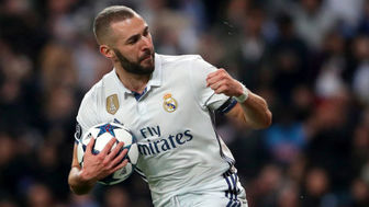 خشم بی سابقه فوتبالیست مشهور پس از تعویض +عکس