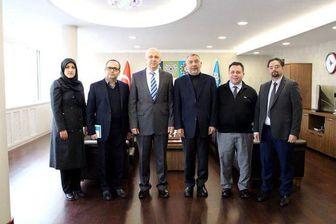 شاهکار سفیر ایران در بازدید از یک مرکز ضدایرانی در ترکیه!