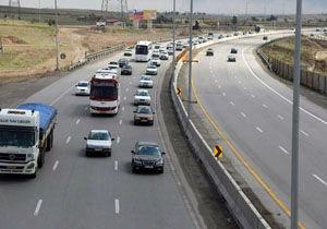 ترافیک عادی و روان در جاده های کشور