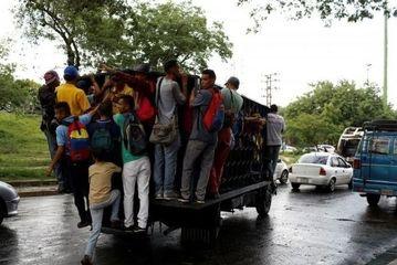 روش عجیب حمل و نقل در ونزوئلا/گزارش تصویری