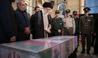 هدیه مقام معظم رهبری به همسر شهید حججی+عکس