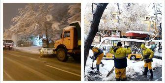 پاکسازی دومین منطقه بزرگ تهران از یخ و برف در معابر
