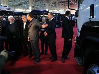 بازدید رئیس جمهور از محصولات تجاری گروه سایپا