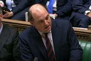 وزیر دفاع انگلیس: بدهی ایران را باید پرداخت کنیم